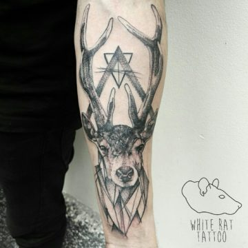 Studio tatuażu Warszawa Agata Kacperczyk tatuaż jelenia