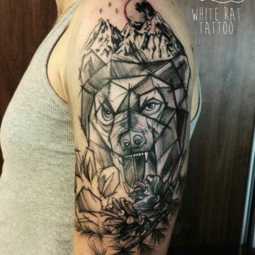 Studio tatuażu Warszawa Agata Kacperczyk tatuaż niedźwiedź