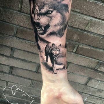 Studio tatuażu Warszawa Krzysztof Jakubowski tatuaż wataha wilków