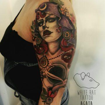 studio-tatuazu-warszawa-agata-kacperczyk-tatuaz-czarownica