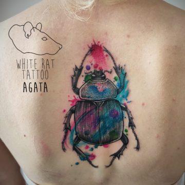 Agata Kacperczyk Studio Tatuażu Warszawa White Rat Tattoo Tatuaż Żuk Watercolor
