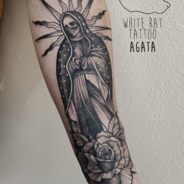 Agata Kacperczyk Studio Tatuażu Warszawa White Rat Tattoo Tatuaż Matka Boska Santa Muerte