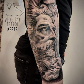 Agata Kacperczyk Studio Tatuażu Warszawa White Rat Tattoo Tatuaż Posejdon