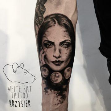 Krzysztof Jakubowski Studio Tatuażu Warszawa White Rat Tattoo Tatuaż Kobiety