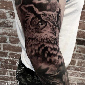 Krzysztof Jakubowski Studio Tatuażu Warszawa White Rat Tattoo Tatuaż Sowy