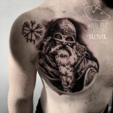 Krzysztof Jakubowski Studio Tatuażu Warszawa White Rat Tattoo Tatuaż Wikinga