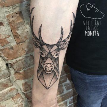 Monika Michniewicz Studio Tatuażu Warszawa White Rat Tattoo Tatuaż Jeleń