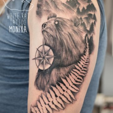 Monika Michniewicz Studio Tatuażu Warszawa White Rat Tattoo Tatuaż Niedźwiedzia z górami